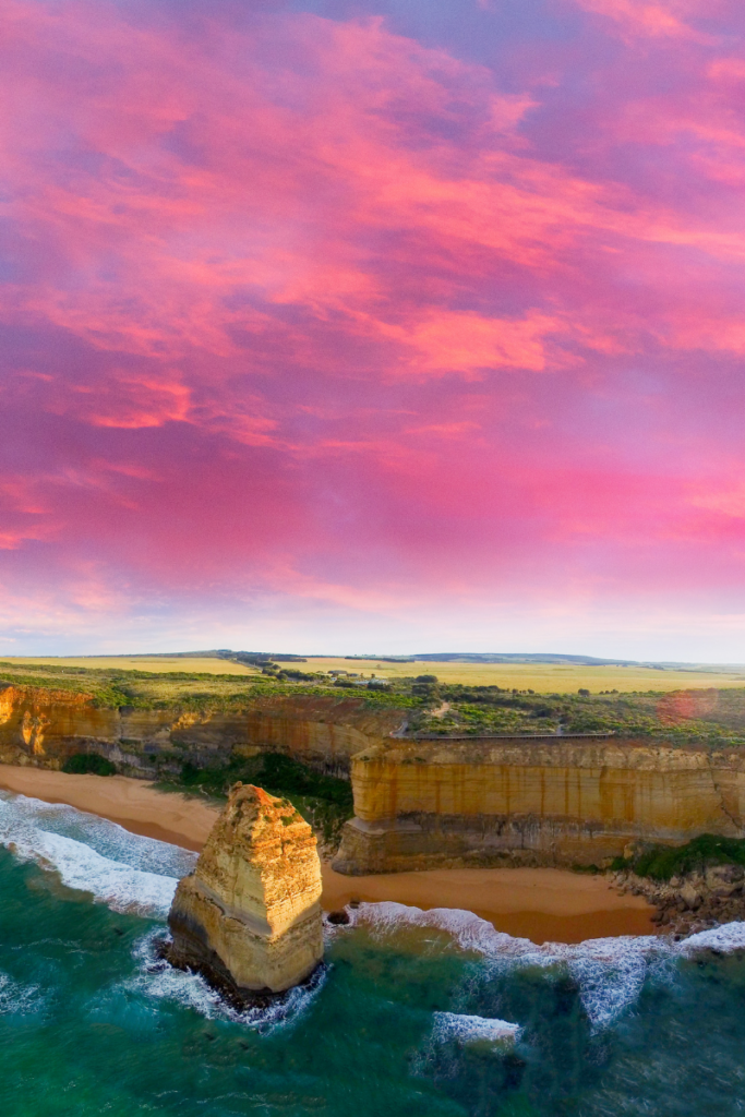 drive from Adelaide to Melbourne, The Great Ocean Road.